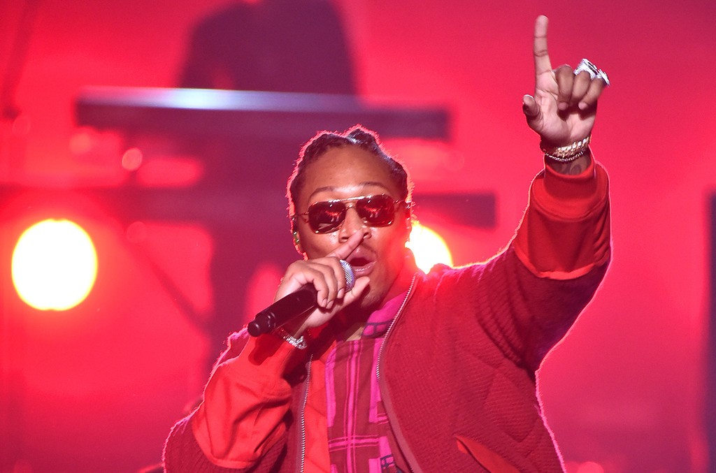 Future performs onstage during the 2016 MTV Video Music Awards