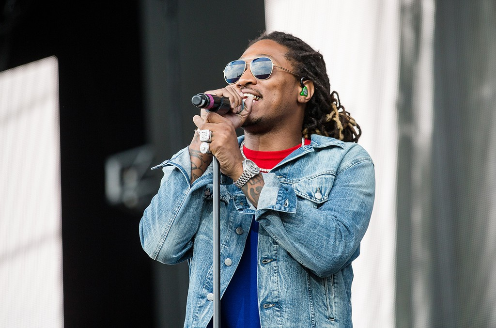 Future performs during day two of Lollapalooza 2016 at Grant Park on July 29, 2016 in Chicago.
