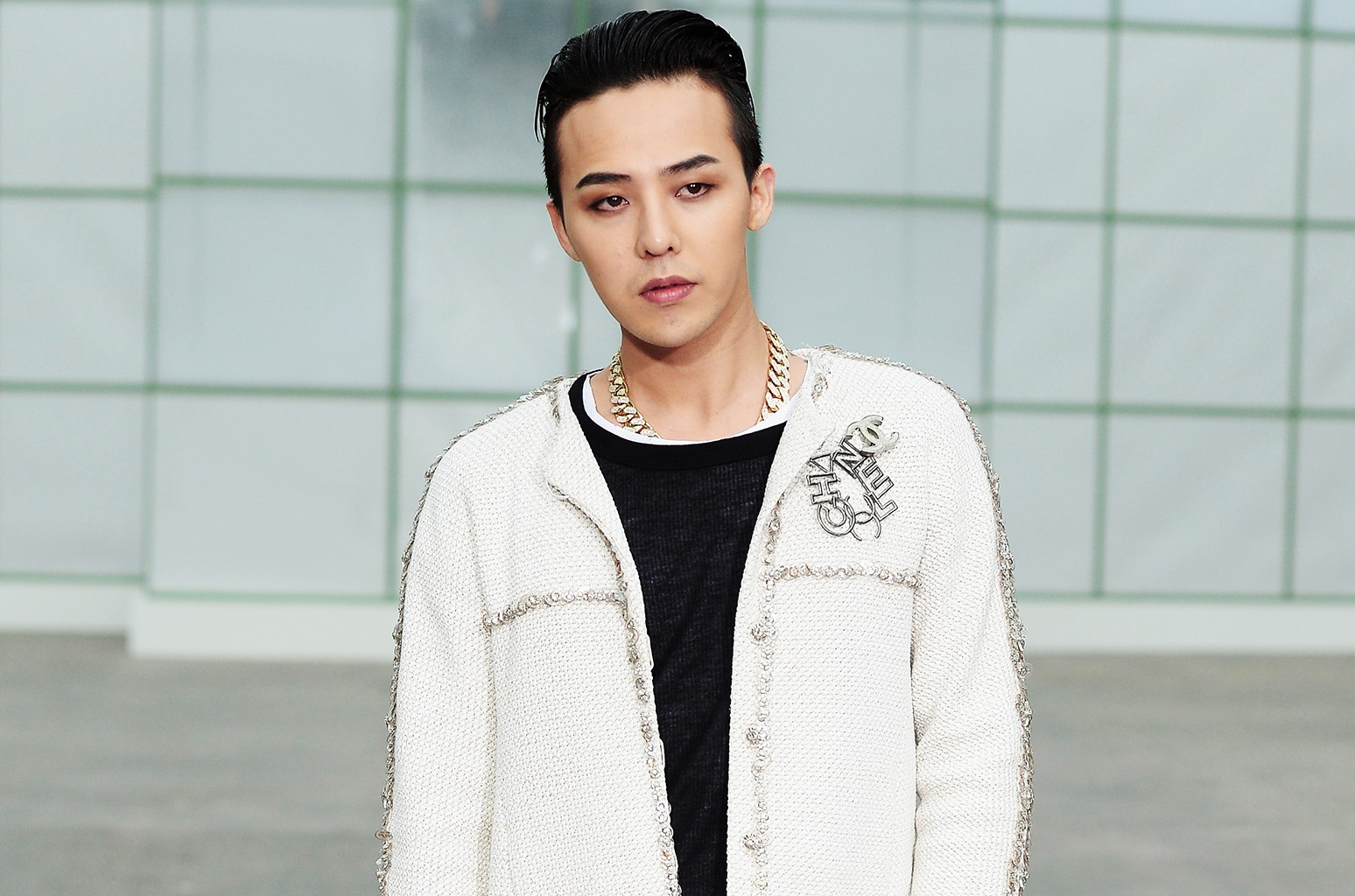G-Dragon attends the Chanel show as part of Paris Fashion Week Haute-Couture Spring/Summer 2015 on Jan. 27, 2015 in Paris, France.