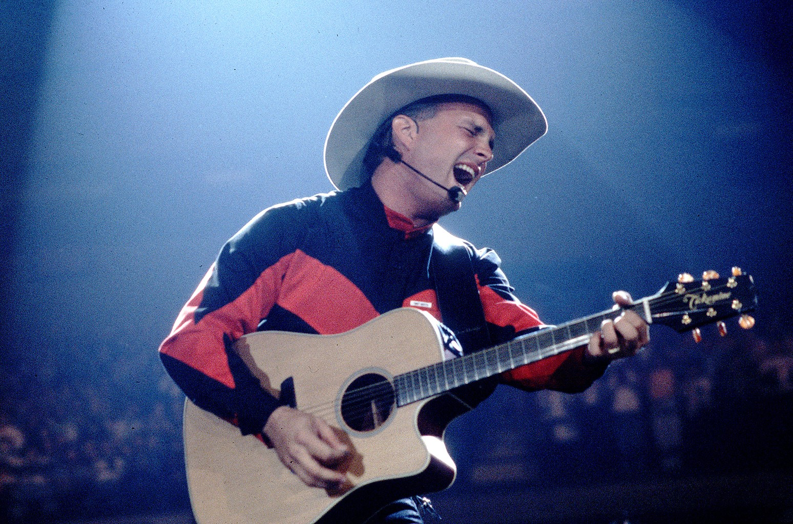 Garth Brooks performs in Chicago on Oct. 1, 1993.
