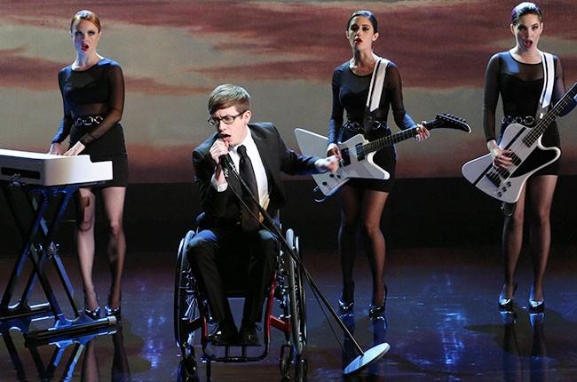 "Kevin McHale on Glee ""Tested"" 2014"