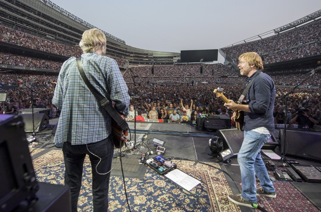 The Grateful Dead perform during the 'Fare Thee Well, A Tribute To The Grateful Dead' on July 3, 2015 in Chicago.