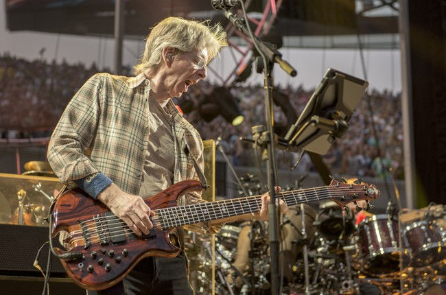 Grateful Dead: See Beautiful Onstage Photos From Summer
