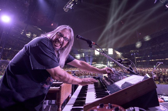 Trey Anastasio, Phil Lesh, Bill Kreutzman, Bob Weir, Mickey Hart, Jeff Chimenti and Bruce Hornsby of The Grateful Dead perform during the 'Fare Thee Well, A Tribute To The Grateful Dead' on July 4, 2015 in Chicago.