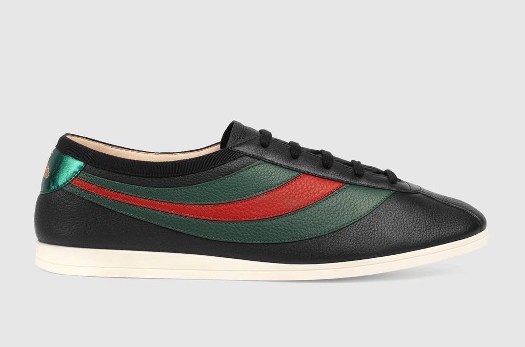 GUCCI leather low top sneakers