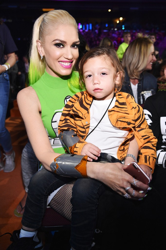 Gwen Stefani and son Apollo Rossdale at Nickelodeon's 2017 Kids' Choice Awards at USC Galen Center on March 11, 2017 in Los Angeles.