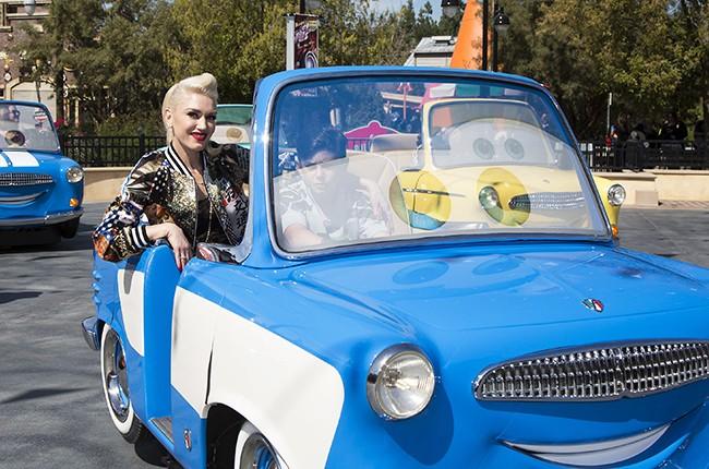 Gwen Stefani Disney 2016