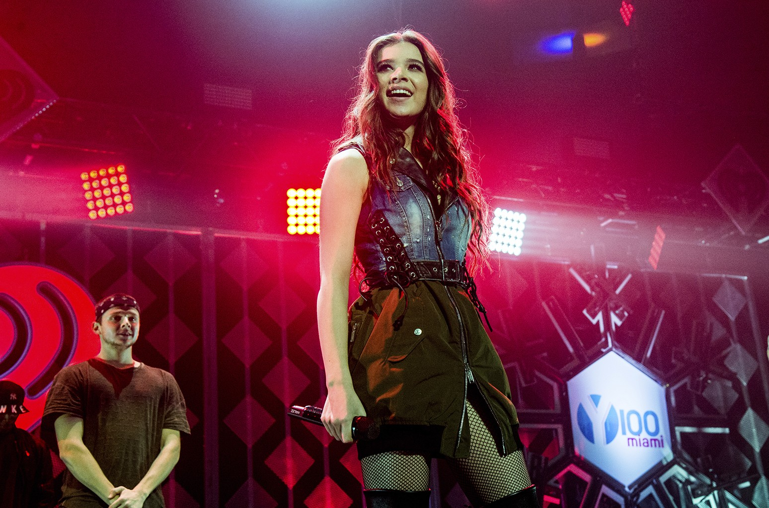 Hailee Steinfeld performs at Y100's iHeartRadio Jingle Ball 2016 at BB&T Center on Dec. 18, 2016 in Sunrise, Fla.