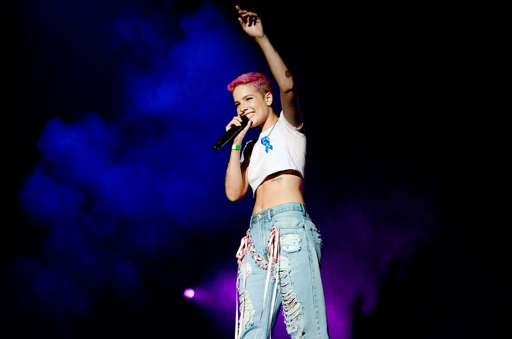 Halsey performs onstage during the WELCOME! - Fundraising Concert Benefiting the ACLU at the Staples Center on April 3, 2017 in Los Angeles.