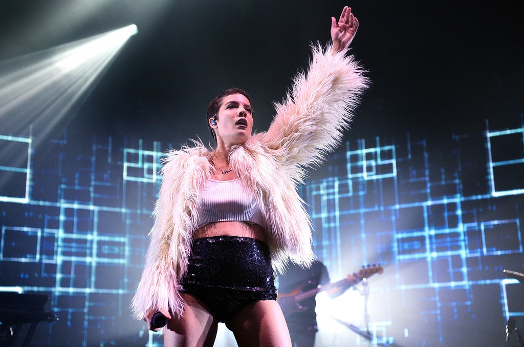 Halsey performs in 2016