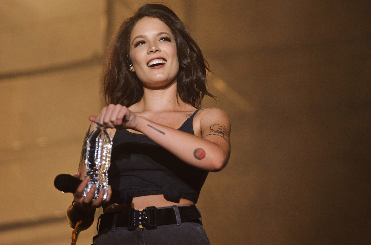 Halsey performs at the 2016 Bumbershoot Festival