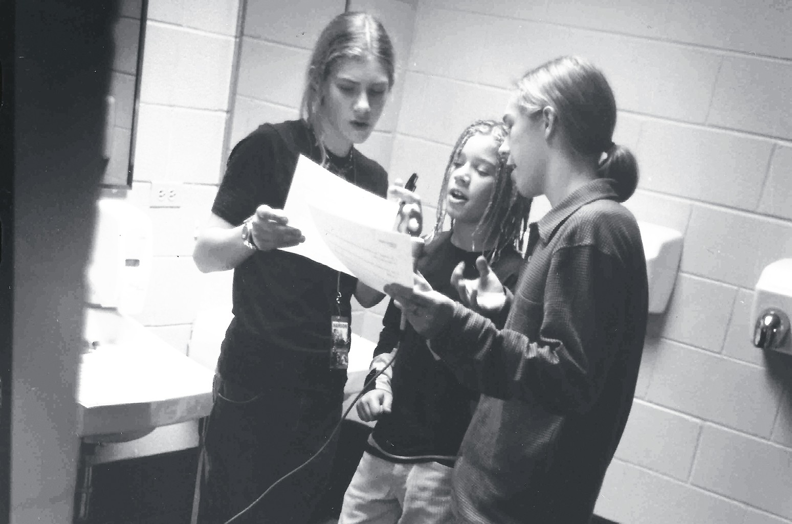 From left: Taylor, Zac and Isaac Hanson backstage in Chicago in 1998.