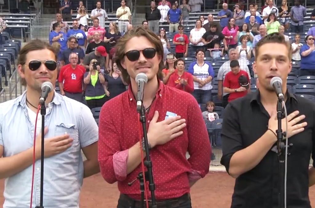 Hanson perform the national anthem