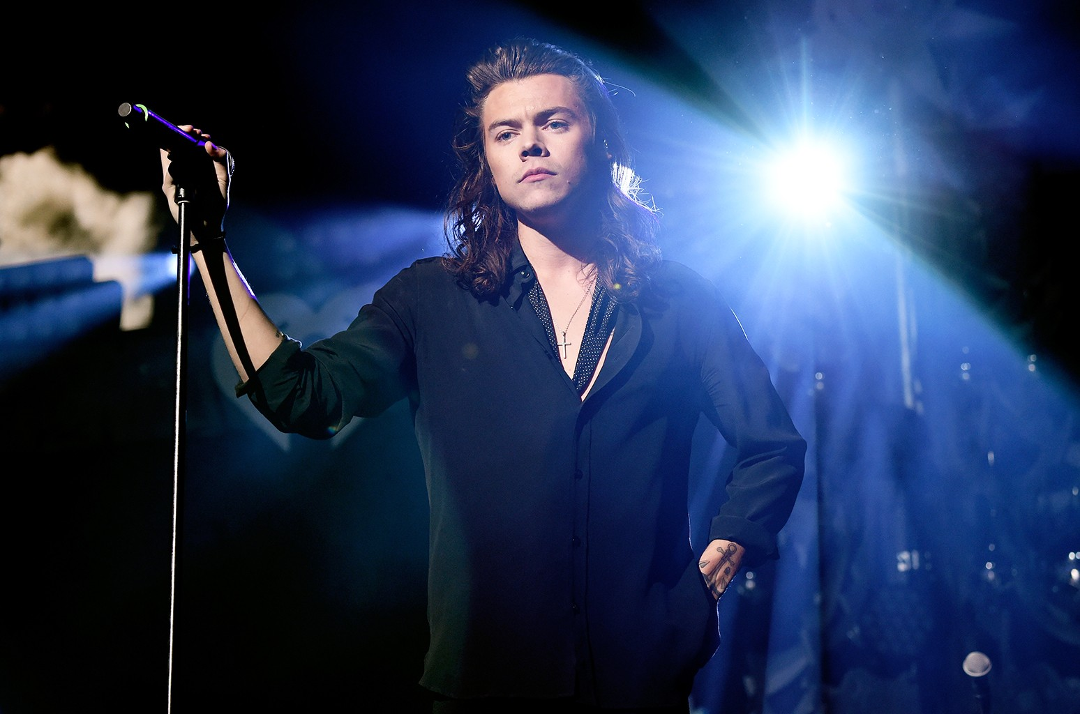 Harry Styles performs in Dallas
