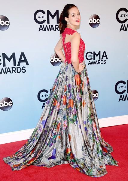 hayley-orrantia-cma-awards-red-carpet-2013-600