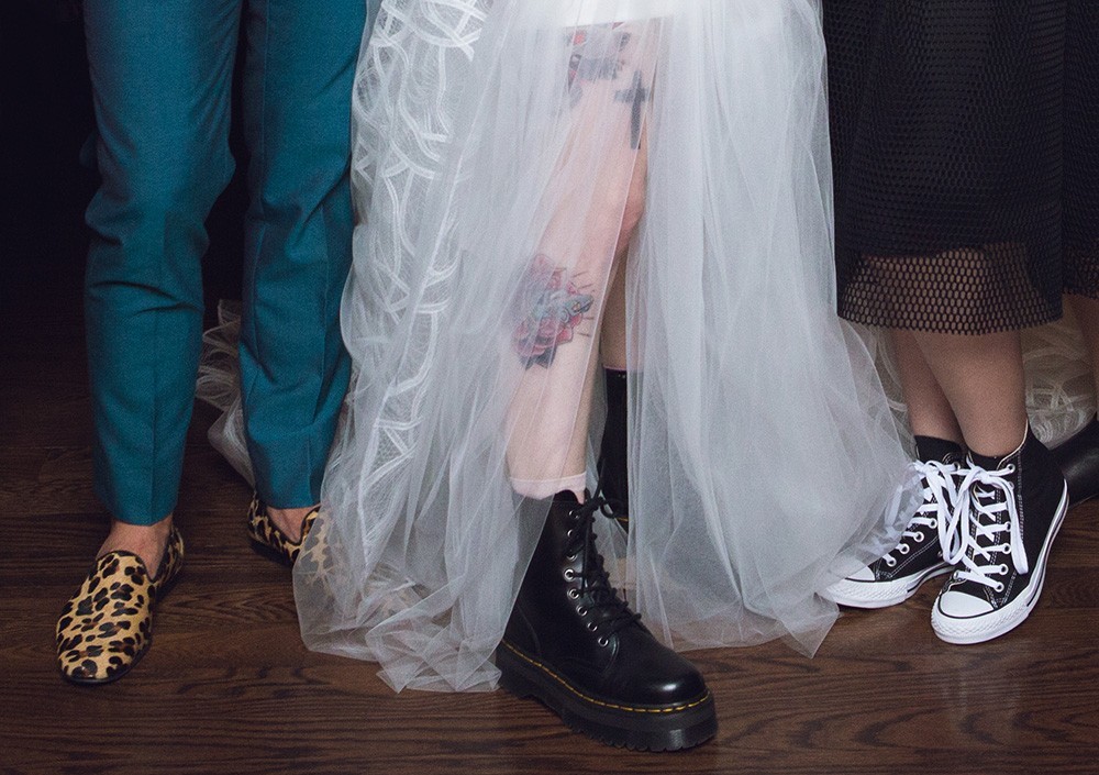 Hayley Williams (Paramore) and Chad Gilbert's (New Found Glory) wedding photos, 2016