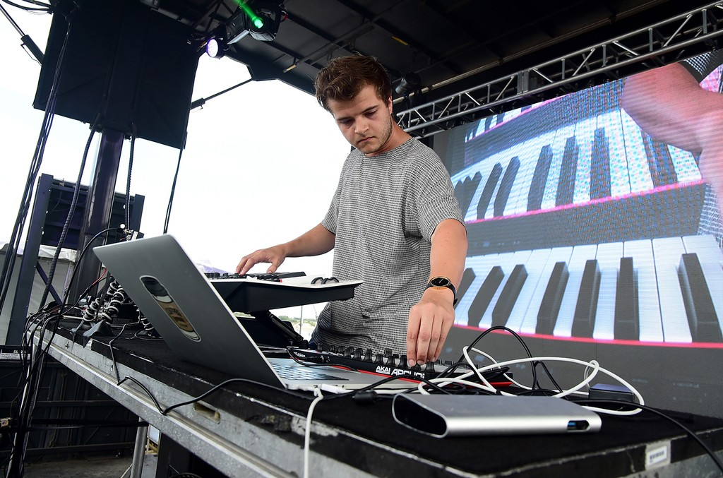 Haywyre performs onstage during the 2016 Billboard Hot 100 Festival