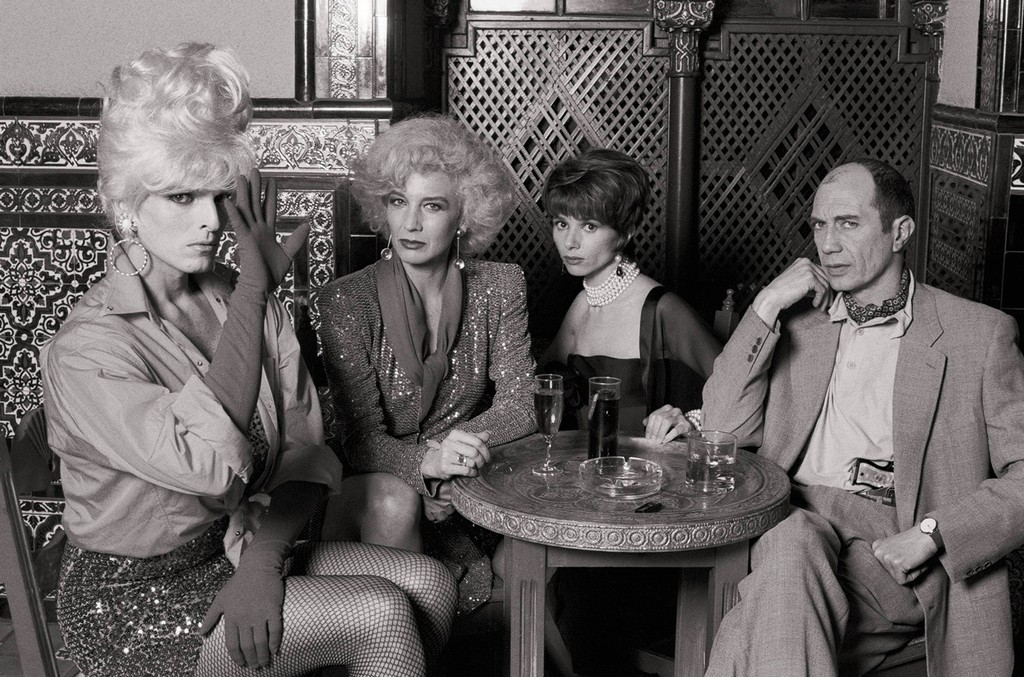 Miguel Bose, Marisa Paredes, Victoria Abril and Feodor Atkine during the filming of 'High Heels' by Pedro Almodovar.