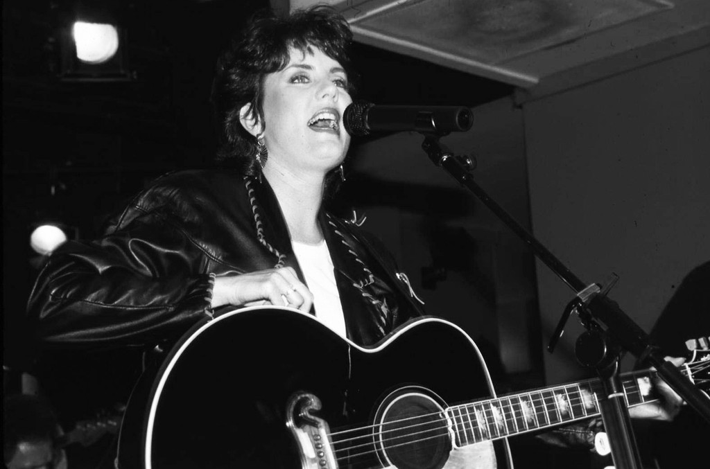 Holly Dunn