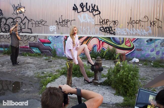 Iggy Azalea Behind the Scenes