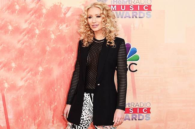 Iggy Azalea arrives at the iHeartRadio Music Awards