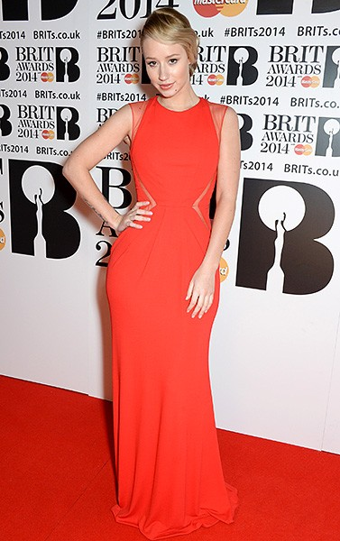 iggy-azalea-brit-awards-red-carpet-2014-600