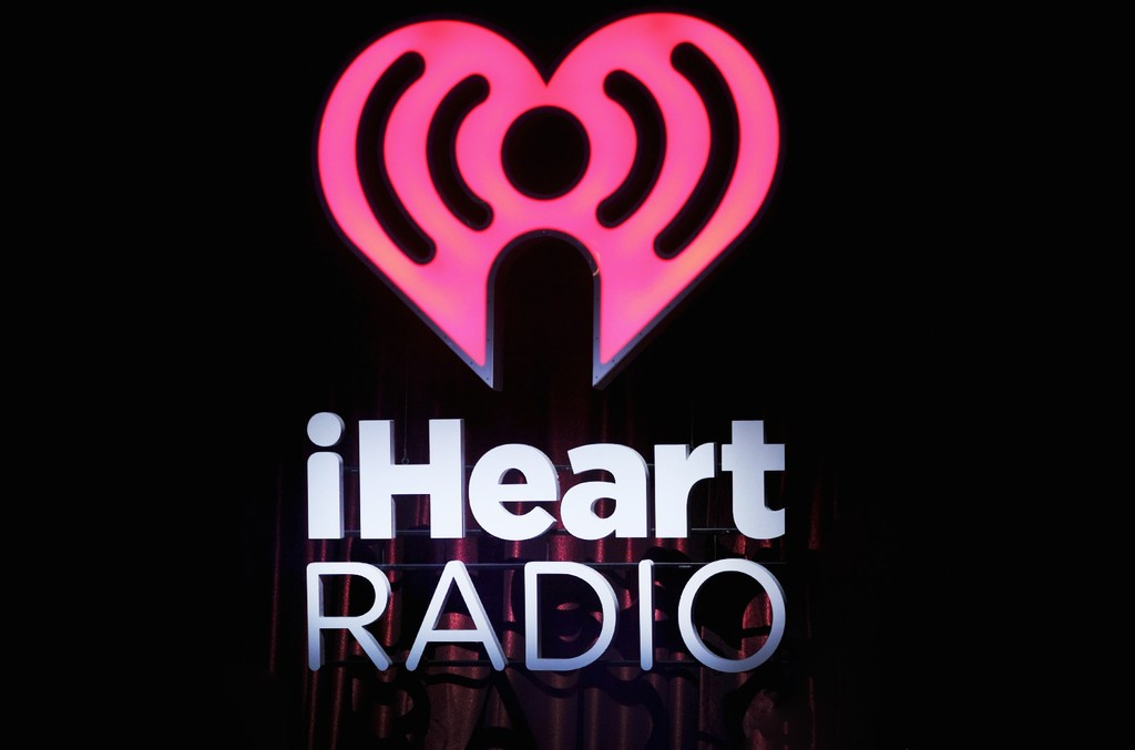 iheart-radio-sign-2016-bk-billboard-1548