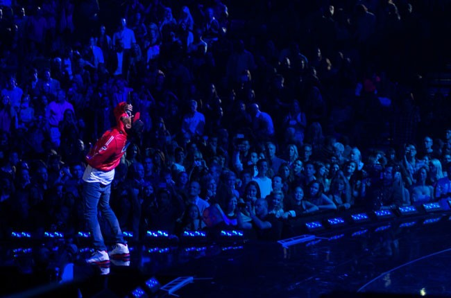 iheart_2013_chrisbrown_650_21