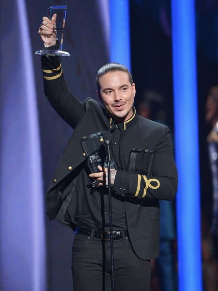 J Balvin accepts award at the 2015 Billboard Latin Music Awards