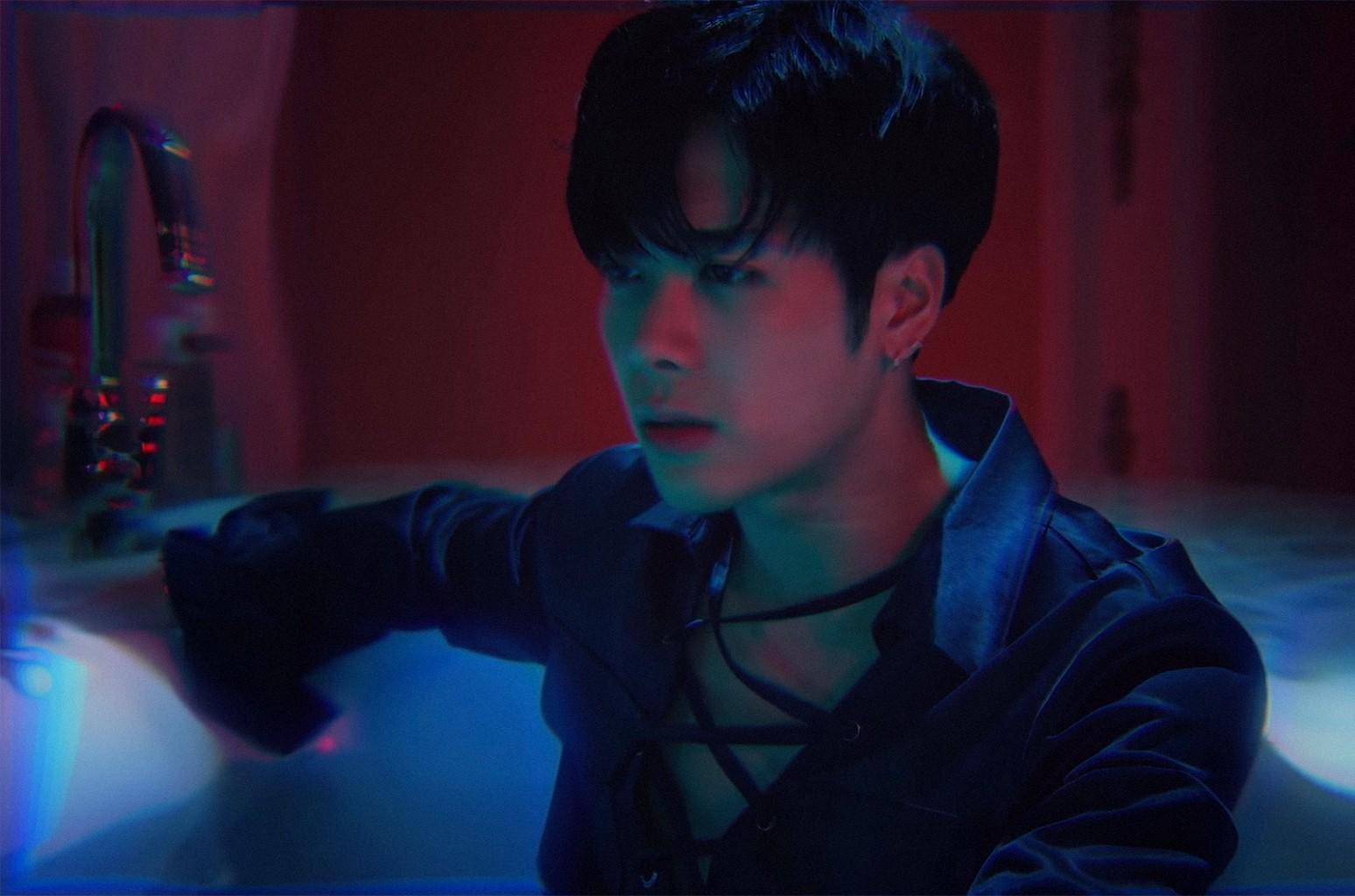 """Jackson Wang, """"OKAY"""""""