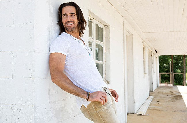 jake-owen-press-2013-650-430