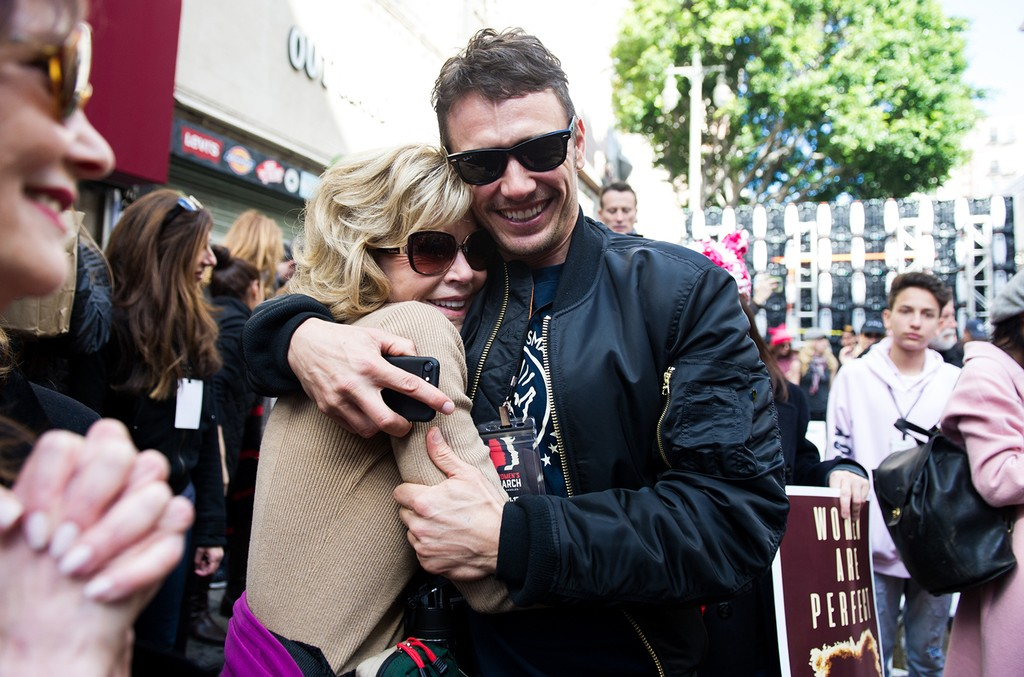 Jane Fonda (L) and actor James Franco attend the women's march in Los Angeles on January 21, 2017 in Los Angeles, California.  (Photo by Emma McIntyre/Getty Images)
