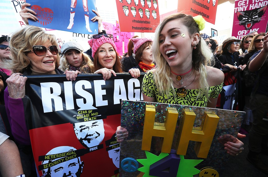 Jane Fonda and Miley Cyrus attend the Women's March on Jan. 21, 2017 in Los Angeles.