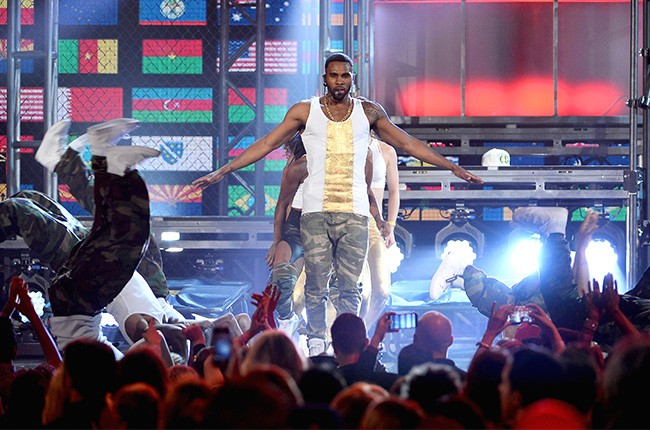 Jason Derulo performs at the 2014 Billboard Music Awards