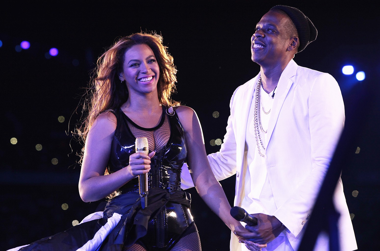 Beyonce and Jay Z perform
