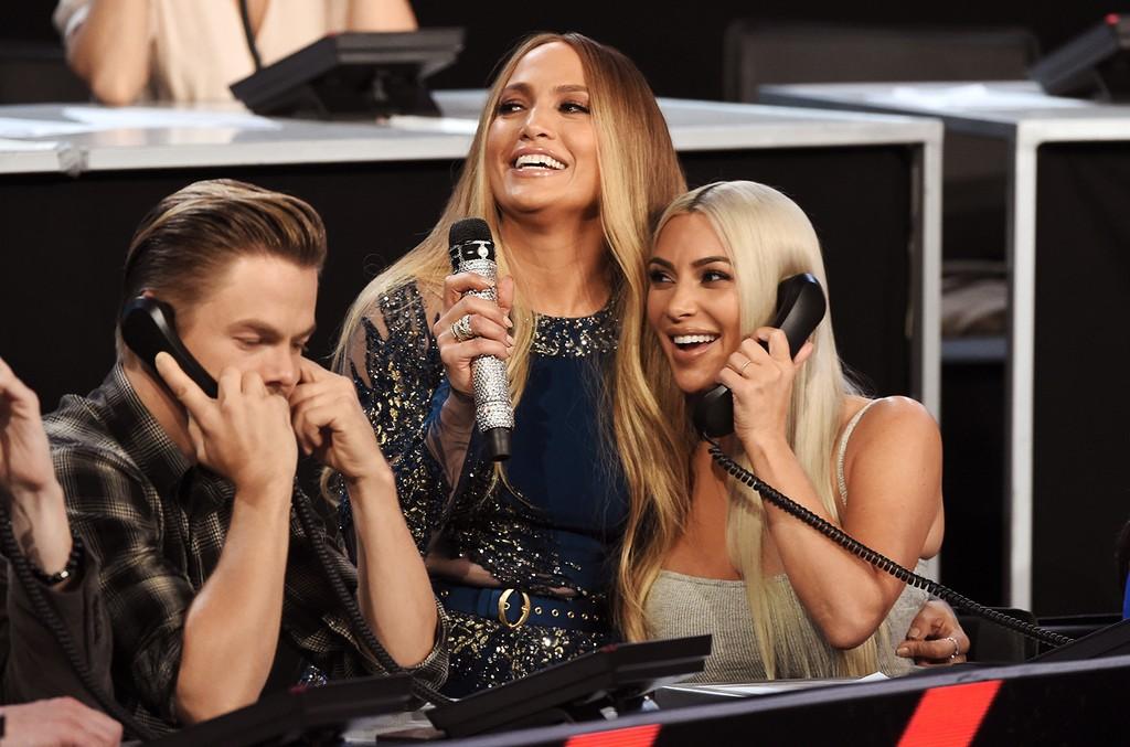 Derek Hough, Jennifer Lopez & Kim Kardashian, 2017