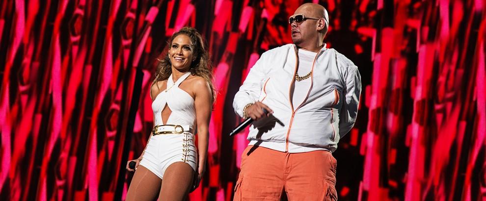 Jennifer Lopez and Fat Joe perform in The Bronx