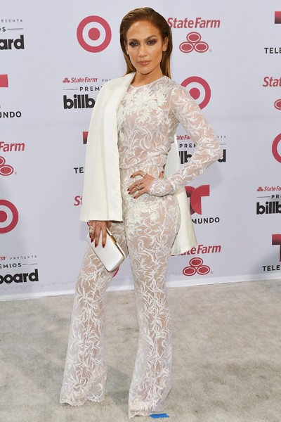 Jennifer Lopez arrives at 2015 Billboard Latin Music Awards