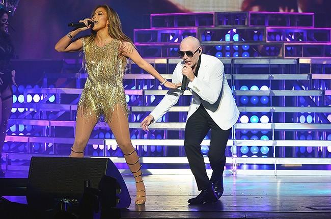Jennifer Lopez Pitbull Time of Our Lives 2016