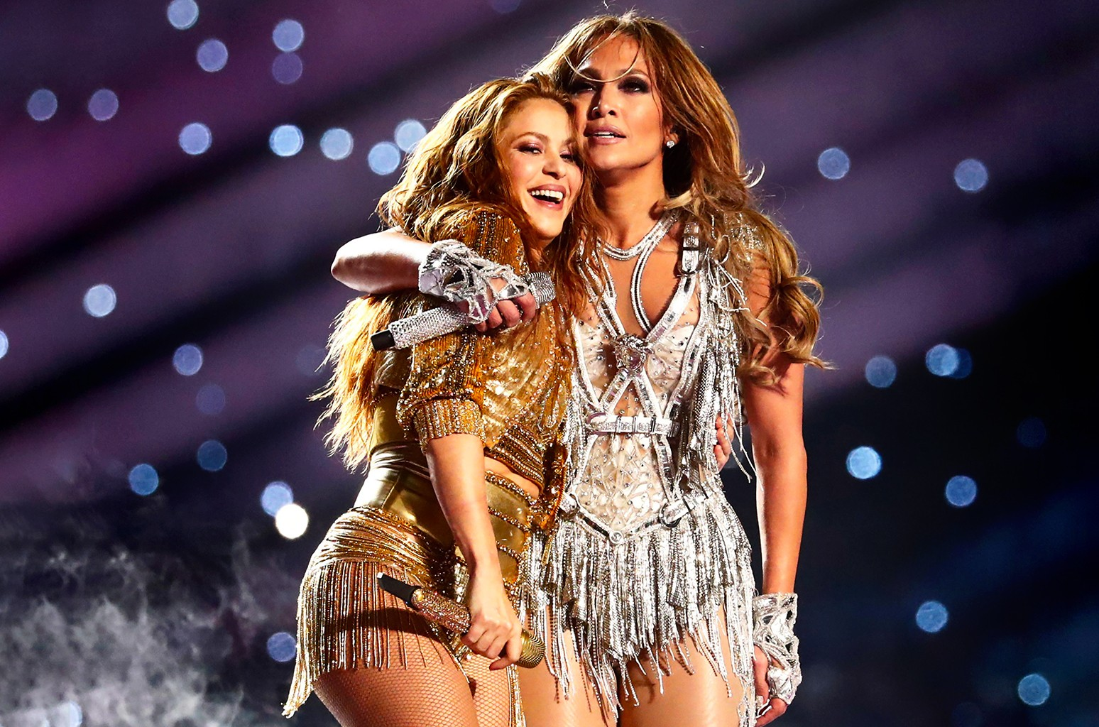 Here S How Many People Tuned In For Jennifer Lopez Shakira S Super Bowl Halftime Billboard
