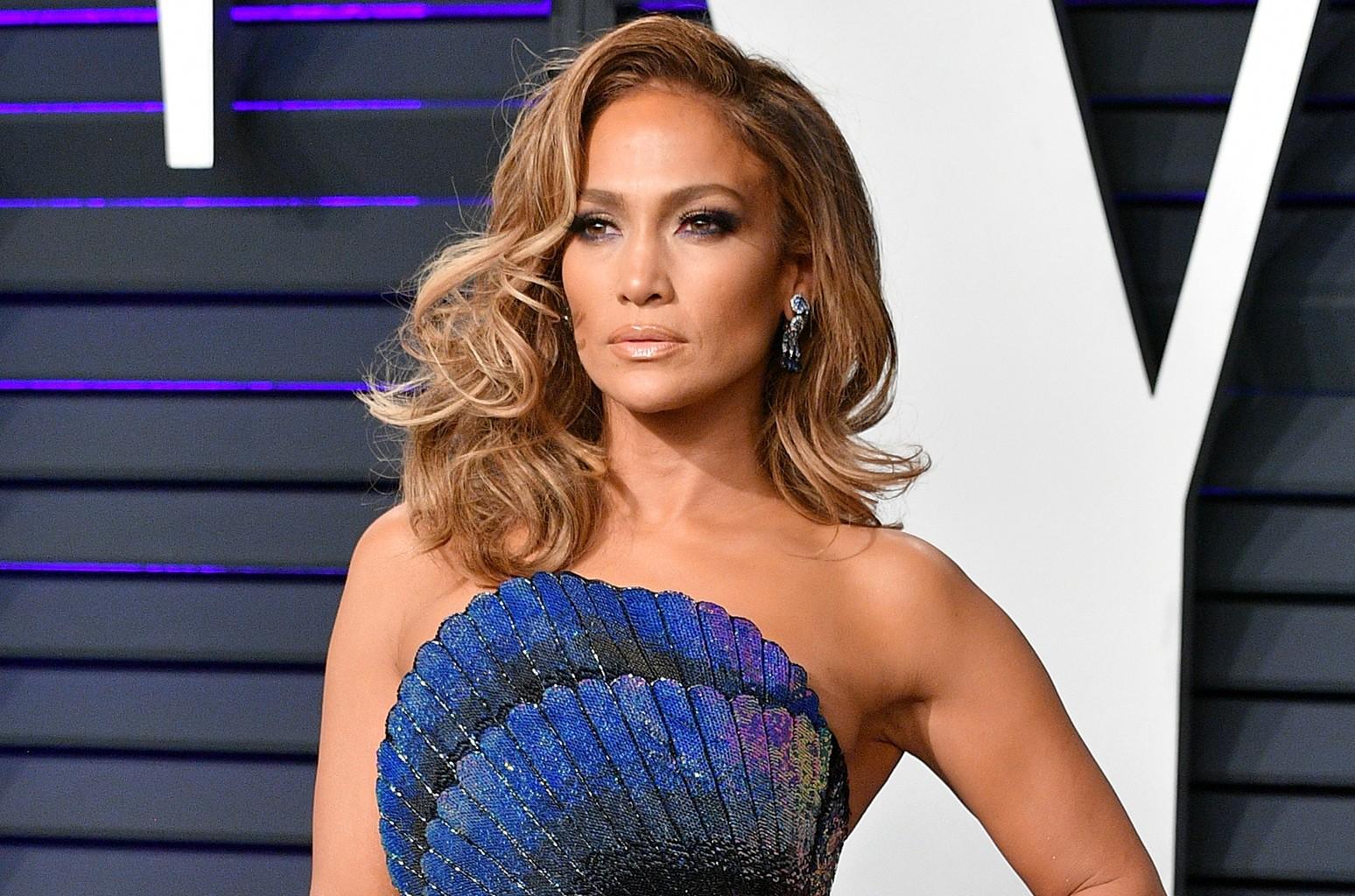 Jennifer Lopez Now Signed to LA Reid's Hitco | Billboard