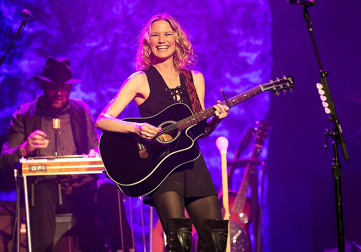 Jennifer Nettles performs at the CMT Next Women Of Country Tour at The Wiltern on Feb. 23, 2016 in Los Angeles.