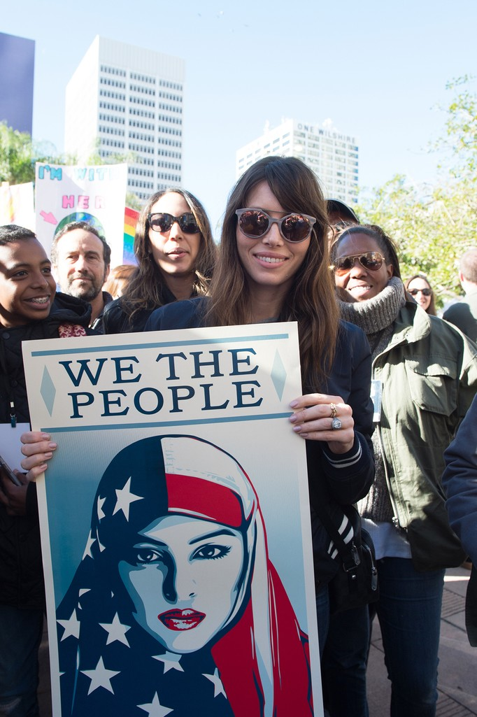 Jessica Biel attends the women's march in Los Angeles on January 21, 2017 in Los Angeles, California.  (Photo by Emma McIntyre/Getty Images)