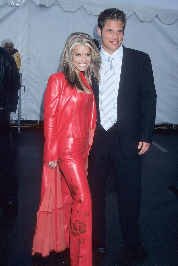 Jessica Simpson & Nick Lachey, 2001