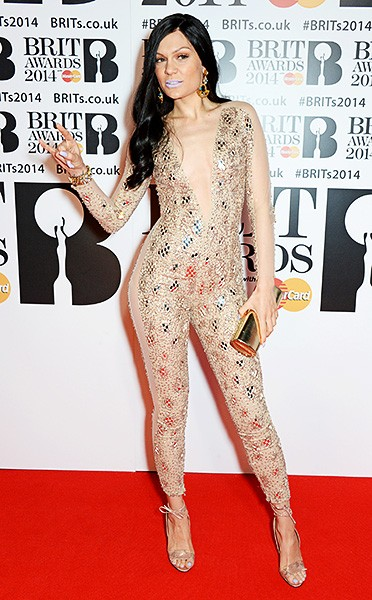 jessie-j-brit-awards-red-carpet-2014-600
