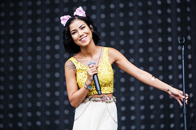 Jhene Aiko performs during the 2014 Lollapalooza