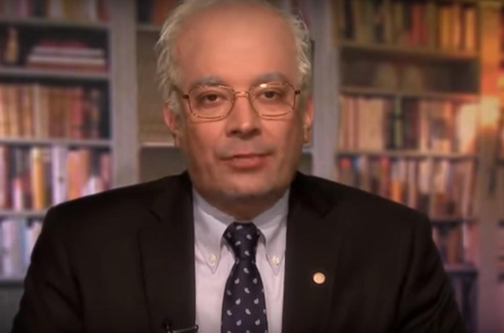 Jimmy Fallon parodies Bernie Sanders on 'The Tonight Show'