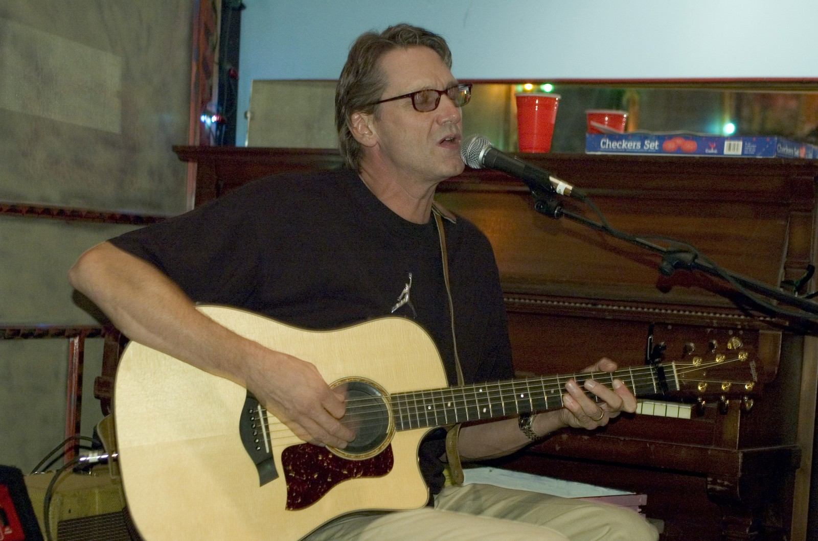 John Kilzer performing at the Music and Heritage Festival at the Center for Southern Folklore in Memphis, TN.