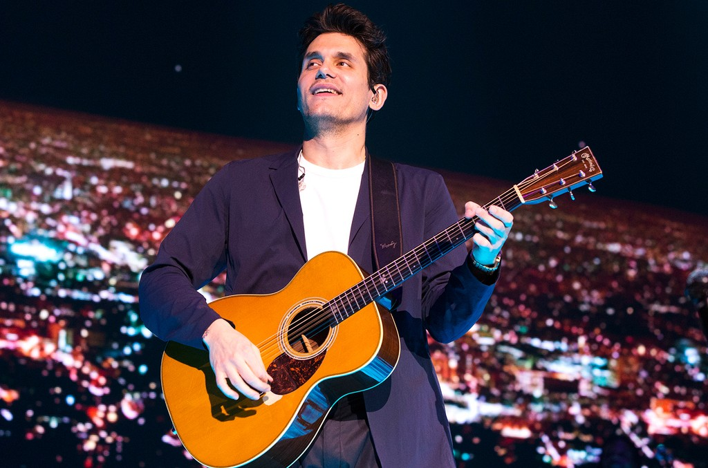 "John Mayer performs in concert during his ""The Search for Everything Tour"" at The Wells Fargo Center on April 7, 2017, in Philadelphia."