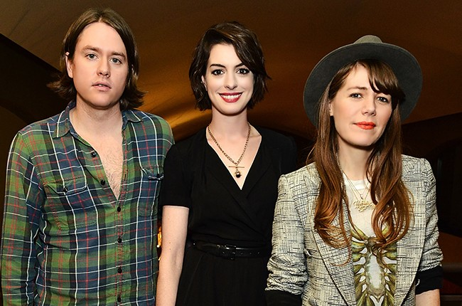 johnathan-rice-anne-hathaway-and-jenny-lewis-song-one-screening-2015-billboard-650